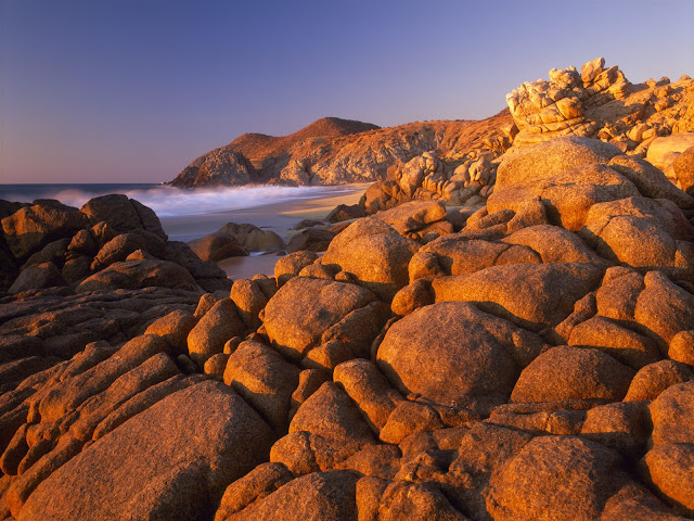Granite%20Rock%20Shoreline%20at%20Sunset%2C%20Baja%20California%20Sur%2C%20Mexico