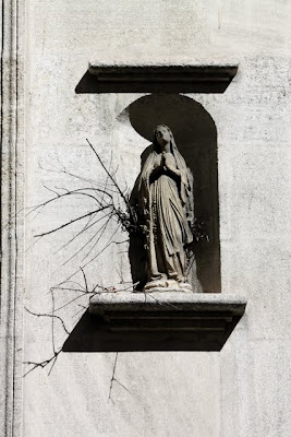 Avignon Virgin Mary