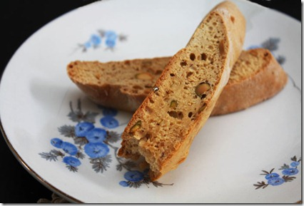 pistachio-cardamom-and-lemon-biscotti-3