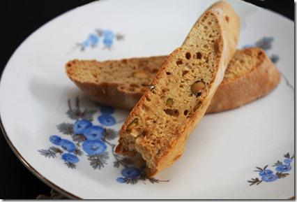 pistachio-cardamom-and-lemon-biscotti-3