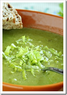 zupa z selera naciowego i zielonej papryki