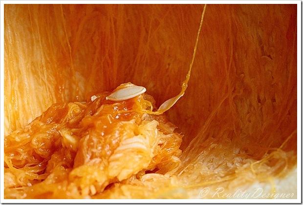 wnętrze dyni/ pumpkin inside