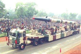 20110312-Agni-Missile-Wallpaper-Ballistic-India-06-TN