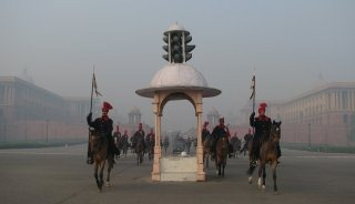 20110313-Indian-Soldier-March-past-Wallpapers-16-TN