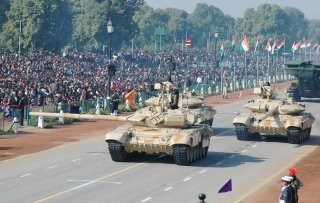 20110305-Indian-Army-Main-Battle-Tank-T-90-Wallpaper-01-TN