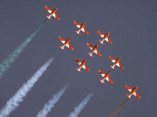 20110305-Indian-Air-Force-Surya-Kiran-Aerobatics-Wallpaper-03-TN