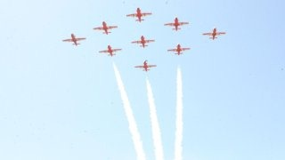 20110305-Indian-Air-Force-Surya-Kiran-Aerobatics-Wallpaper-09-TN