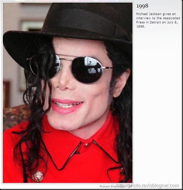 Michael_Jackson_1998