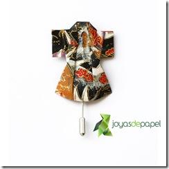 brkim005---broche-kimono-B&W