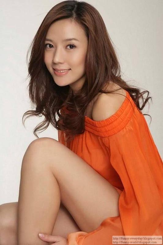 周韋彤 (96)