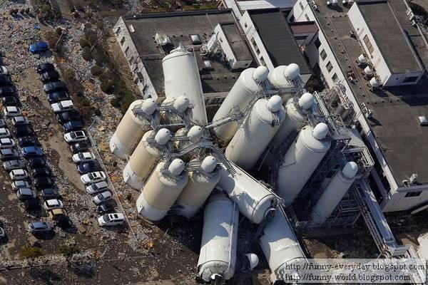 日本地震海嘯後空拍圖 (13)