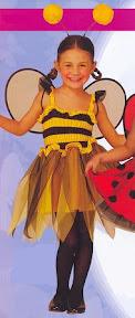 niña abeja.jpg