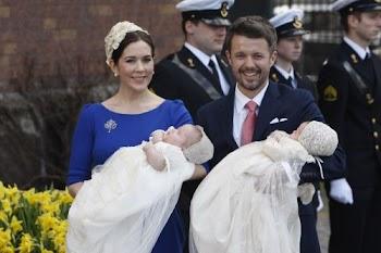 丹麦王室龙凤双胞胎接受洗礼(组图)