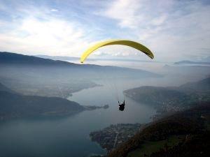 paragliding - annecy - francetrabelguide-com
