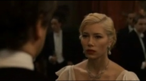 Jessica Biel as Larita Whittaker in Easy Virtue movie