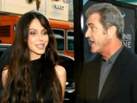 Mel Gibson and Girlfriend Oksana Grigorieva picture
