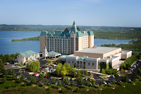 Chateau on the lake resort spa and convention center in for Devils elbow fishing resort