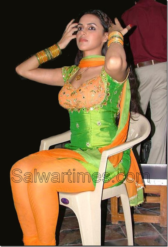 Neha-Dhupia_Designer_Salwar_kameez