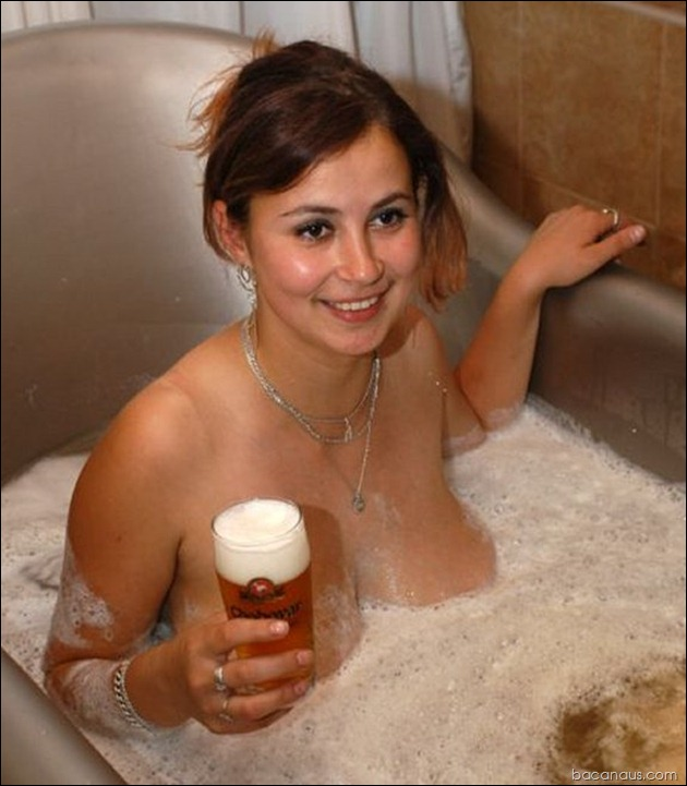 beer-and-boobs