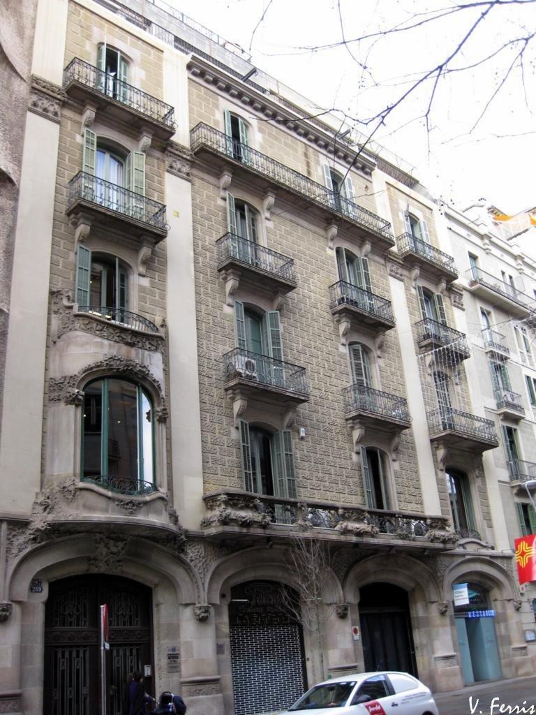 Casa josep ferrer vidal barcelona modernista - Casa modernista barcelona ...