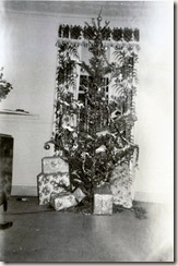 1951 12 25 Christmas tree at the Petroffs, Fort Hancock, NJ