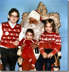 1985 12 Niels, Elinor and Cordelia with Dayton's Santa
