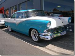 ---1956-ford-fairlane-victoria-88-lrg