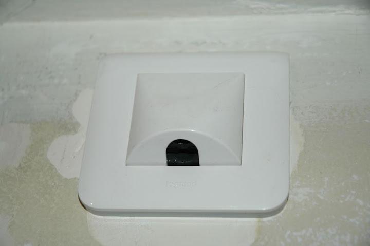 volets roulants electriques domotique filaire ou rts 44 messages. Black Bedroom Furniture Sets. Home Design Ideas