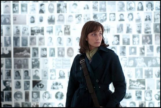 Kristin Scott-Thomas is Julia Armond in Sarahs Key