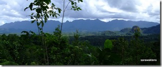 Bungo_range_view_from_Gunung_Jagoi_1