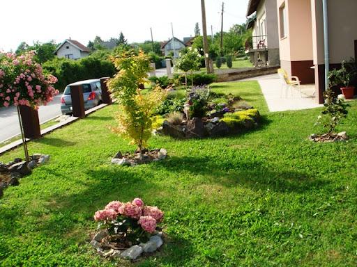 Moj vrt u 5 slika (svi vrtovi na okupu) - Cvijet.info FORUM - Stranica 1