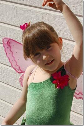 2010_0408_Sarah-combo4-5costume-25-w