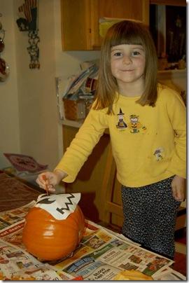 2009_1028_HalloweenPumpkins-5