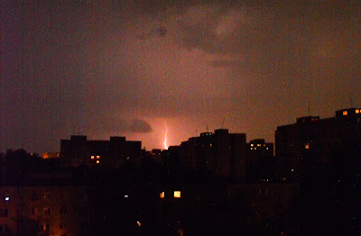 Furtuna: Fulgere asupra orasului