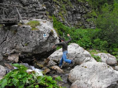 Bucegi - Cheile Zanoagei (Valea Ialomitei) - Puntea