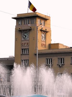 Gara de Nord. Ceasul. Timpul