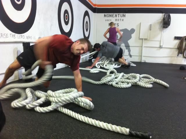 battle rope battling rope pull reverse plank pull exercise