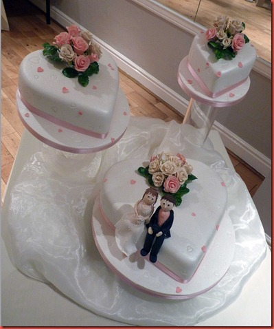 Price For A Three Tier Heart Shaped Wedding Cake