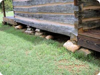 bottom-of-cabin