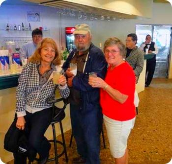 11-group-drinking-at-bar