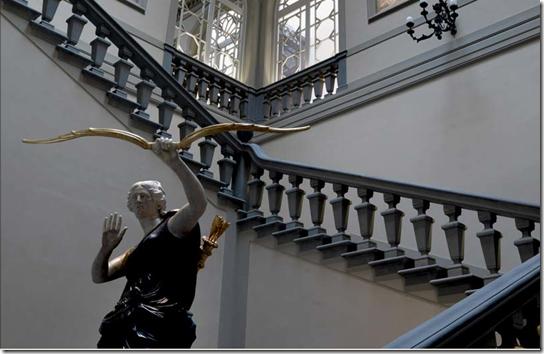 tornabuoni stairs2