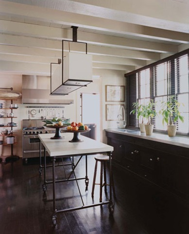 black kitchen farmhouse modern