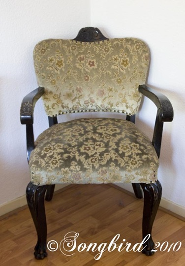 Chair Before Makeover