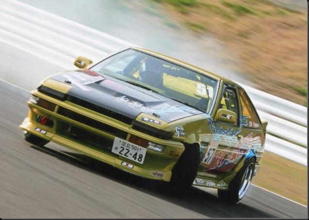 AE86 hachiroku action