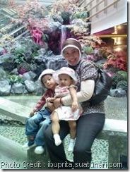 Ibu Prita dan Anaknya