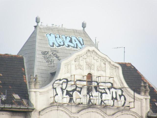 gerilla art, public art,  Boráros tér, Kami, GEP, Mókus, teg,  tag, street art,  tegelés,  teggelés, falfirka, Budapest, blog