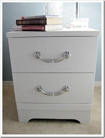 Tutorial on painting laminate furniture