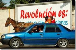logros-de-la-revolucion-coches-y-automoviles-juntos-en-la-habana_halfblock
