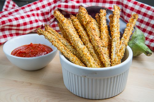 Crispy Baked Eggplant Fries with Marinara Dipping Sauce (aka Eggplant Parmesan Fries!)