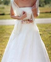 vestidos de novias con flores 1